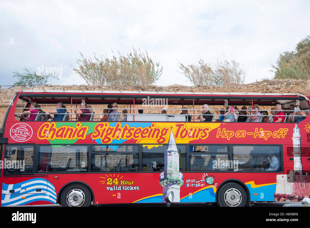 Griechenland, Kreta, Chania, Sightseeing-Bus - Stock Image