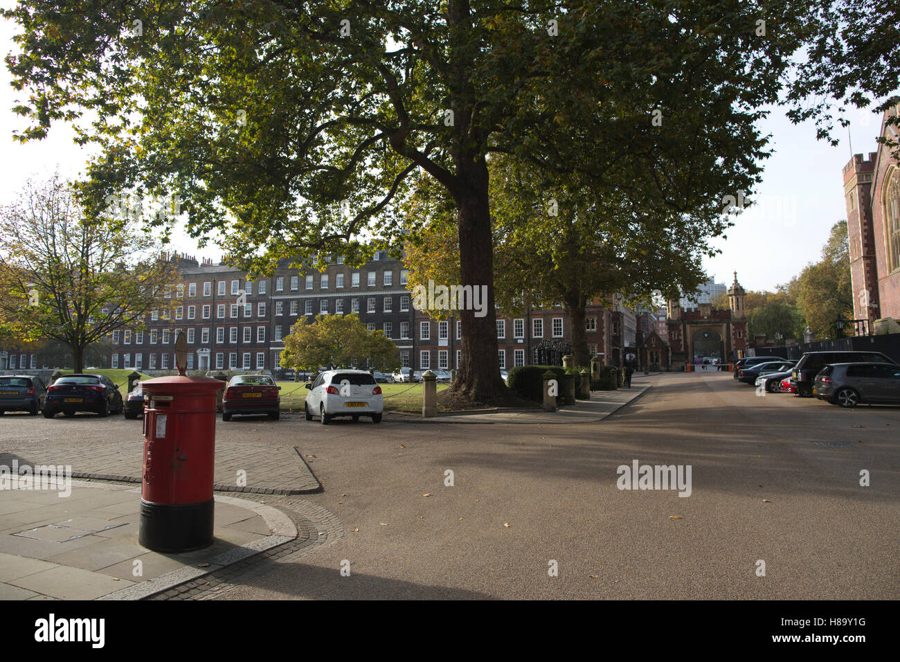 Lincoln's Inn, The largest and oldest of the four Inns of Court, dates back to an entry in the Black Books in - Stock Image