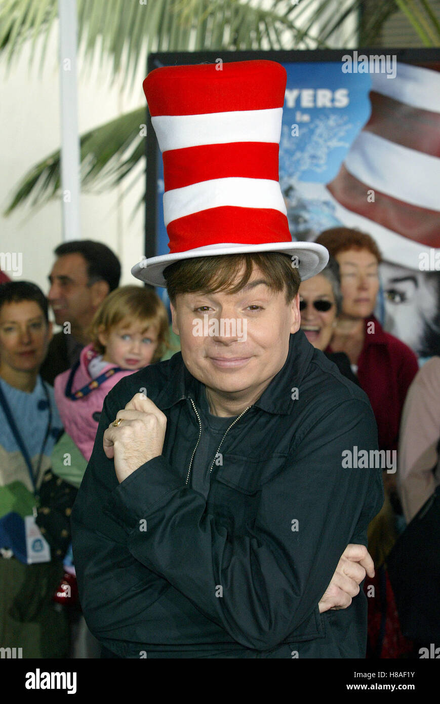 5f967eac MIKE MYERS DR. SEUSS' THE CAT IN THE HAT CITYWALK UNIVERSAL STUDIOS LA USA  09 November 2003