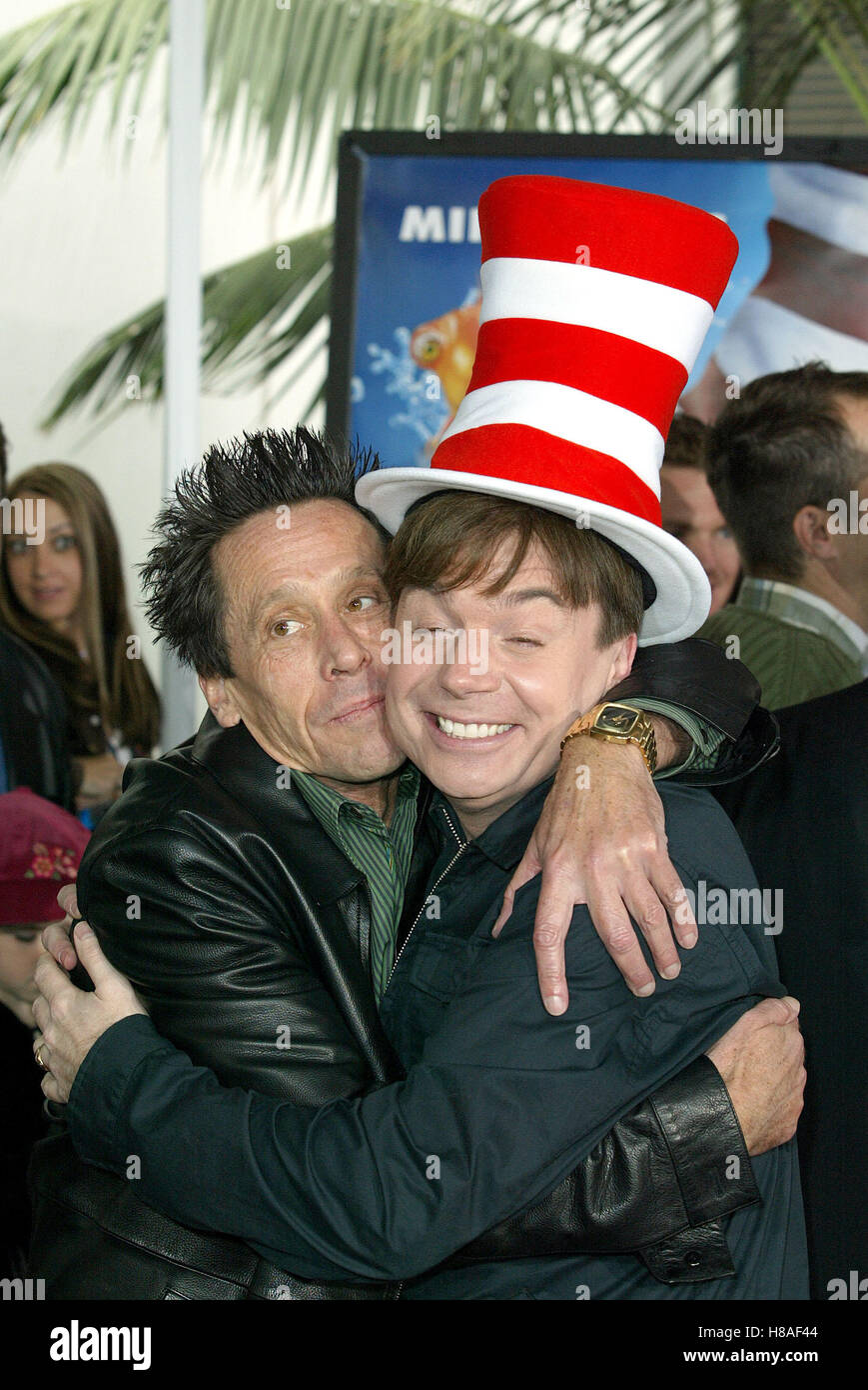 e7b9f747 BRIAN GRAZER & MIKE MYERS DR. SEUSS' THE CAT IN THE HAT CITYWALK UNIVERSAL  STUDIOS LA USA 08 November 2003