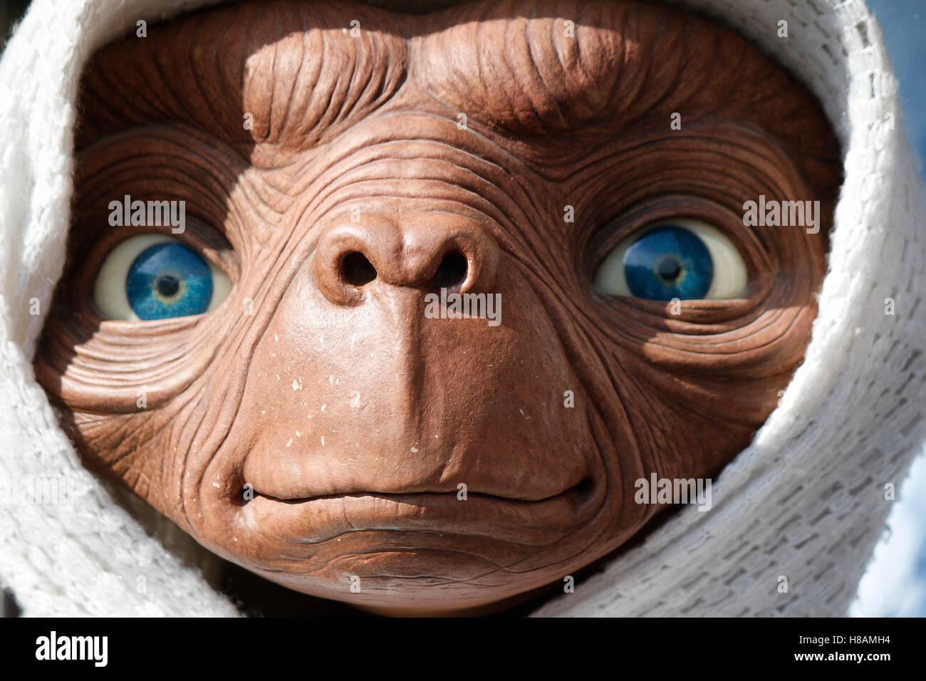 Wachsfigur: ET, Berlin. Stock Photo