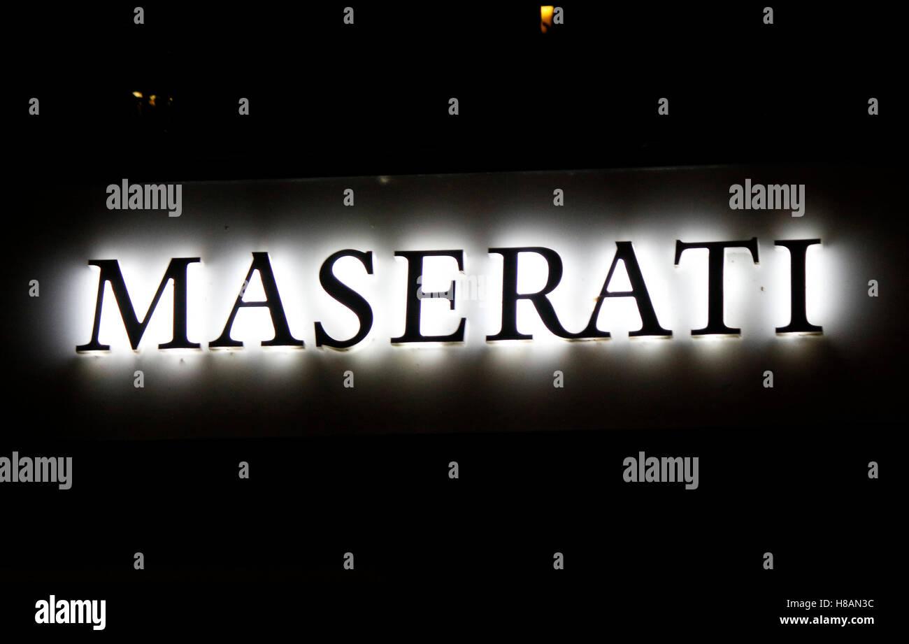 das Logo der Marke 'Maserati', Berlin. - Stock Image
