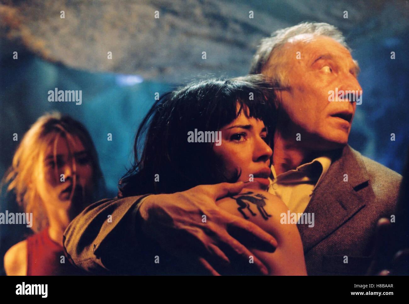 Pakt der Druiden, (BROCELIANDE) F 2002, Regie: Doug Headline, ELSA KIKOINE, CYLIA  MALKI, VERNON DOBTCHEFF, Key: Angst, Furcht, Grauen,