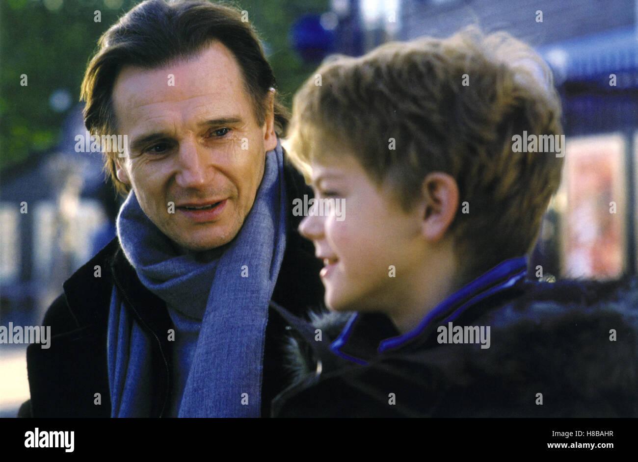 Tatsaechlich...Liebe, (LOVE ACTUALLY) GB 2003, Regie: Richard Curtis, LIAM NEESON, THOMAS SANGSTER, - Stock Image