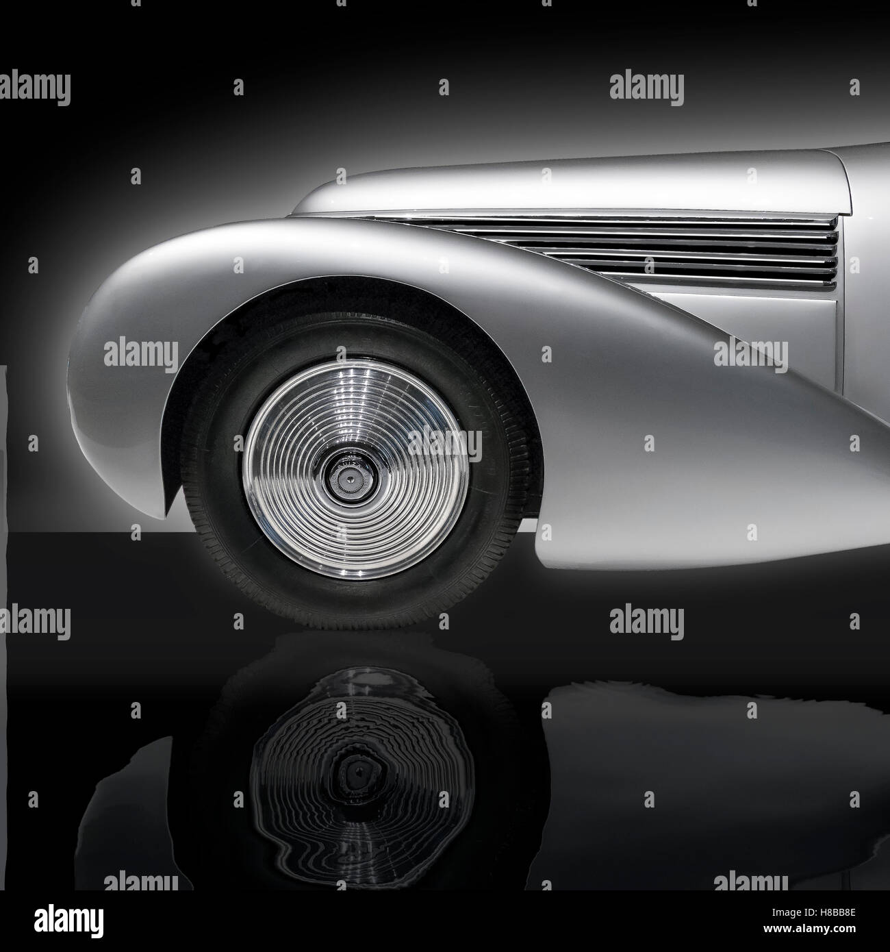 A dramatic side on detail view of a 1938 Hispano-Suiza H6B Xenia - Stock Image