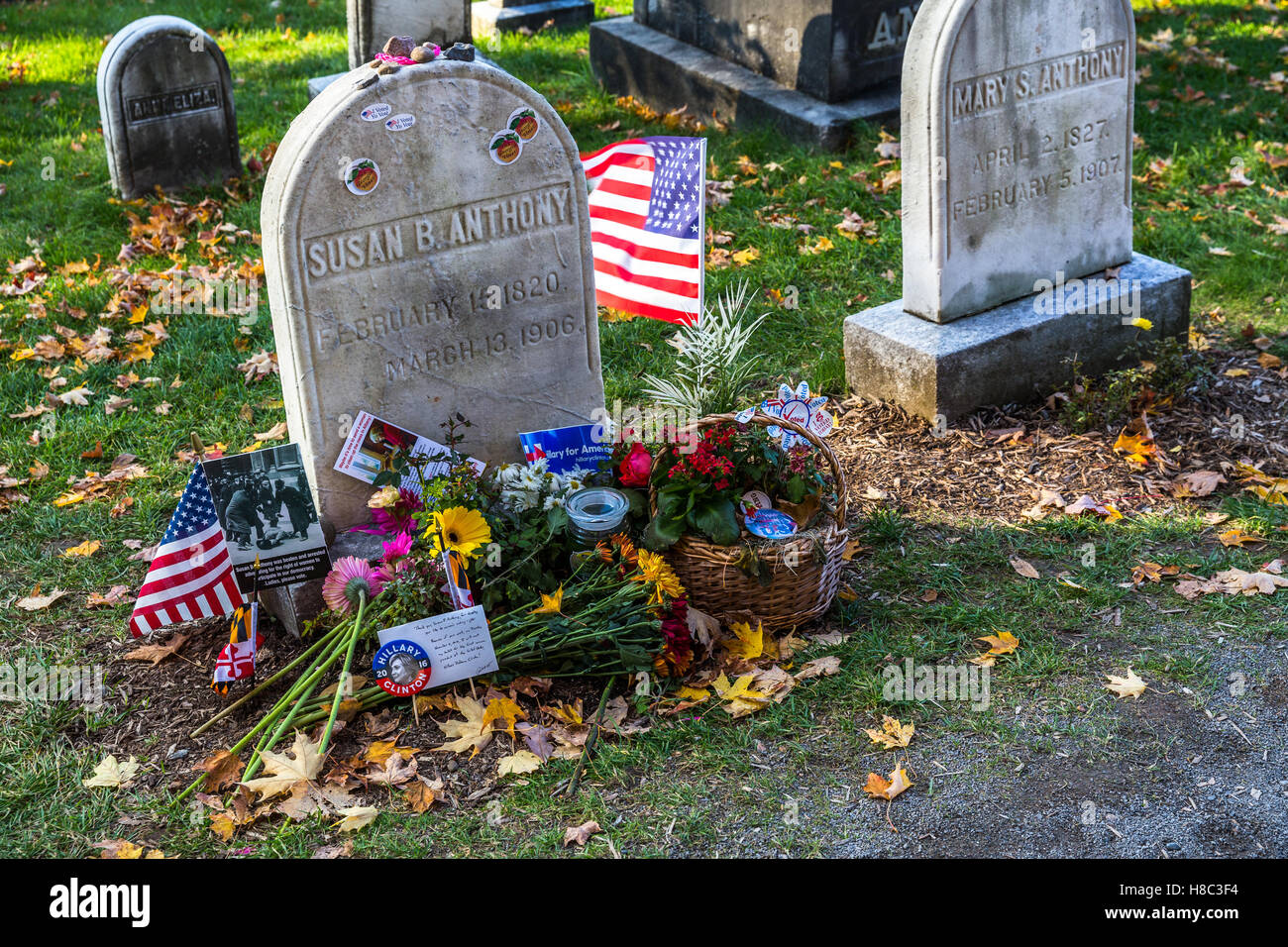 Susan B. Anthony women rights leader gravestone, 'I Voted' 2016 USA presidential election stickers, political - Stock Image