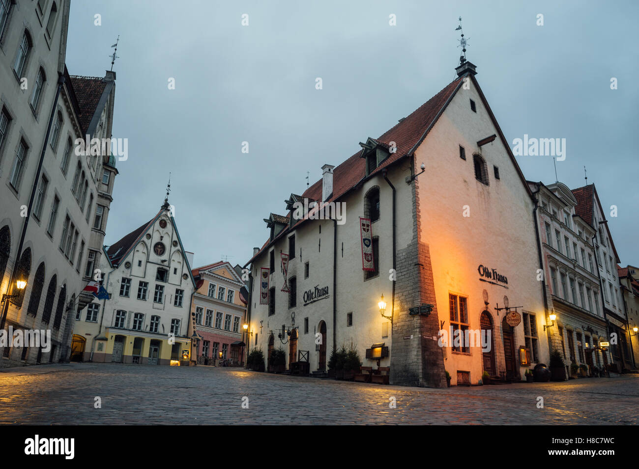 Olde Hansa restaurant building in Old town of Tallinn - Stock Image