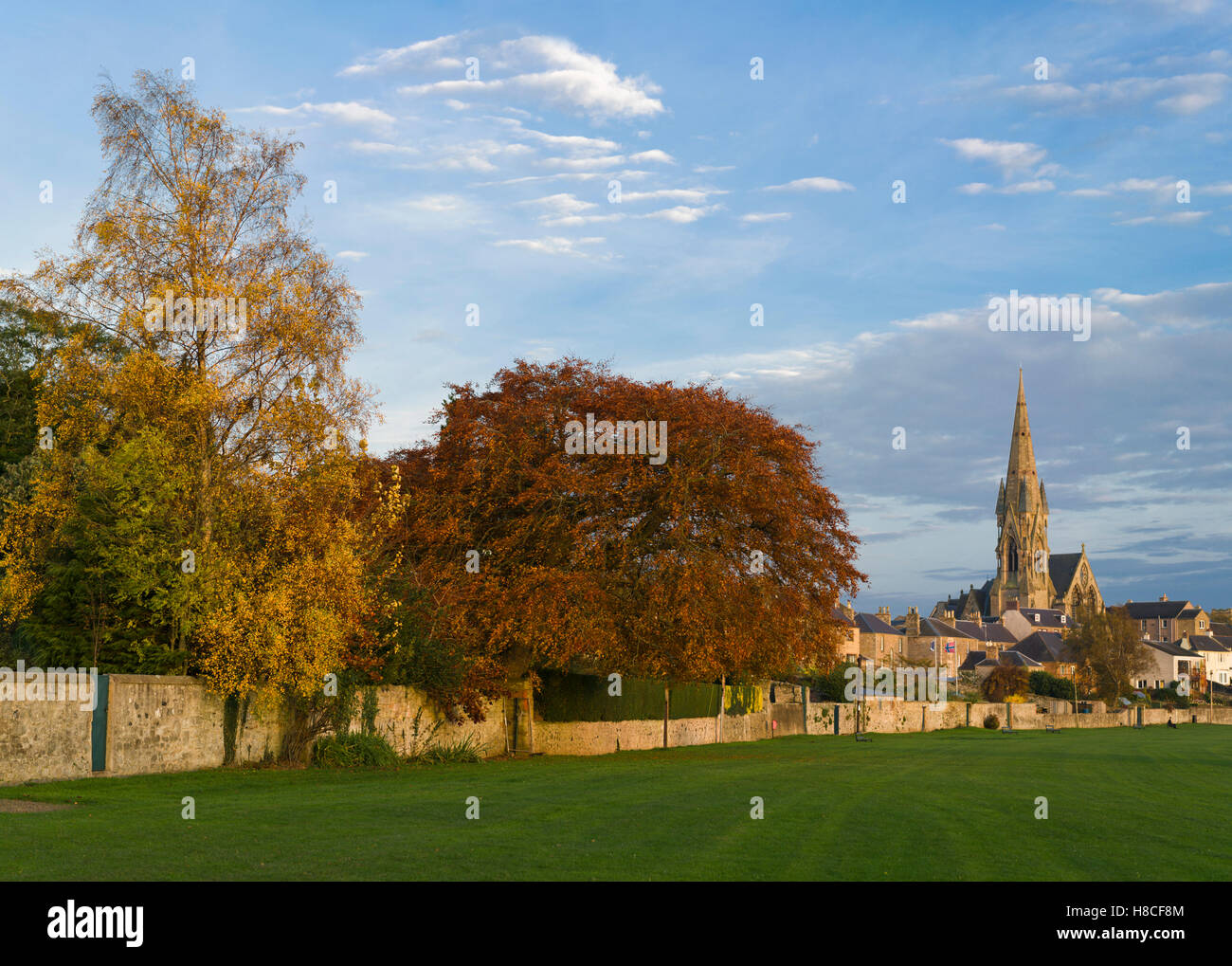The Cobby Tweed riverside walk in Kelso, Scotland, with autumn colours. - Stock Image