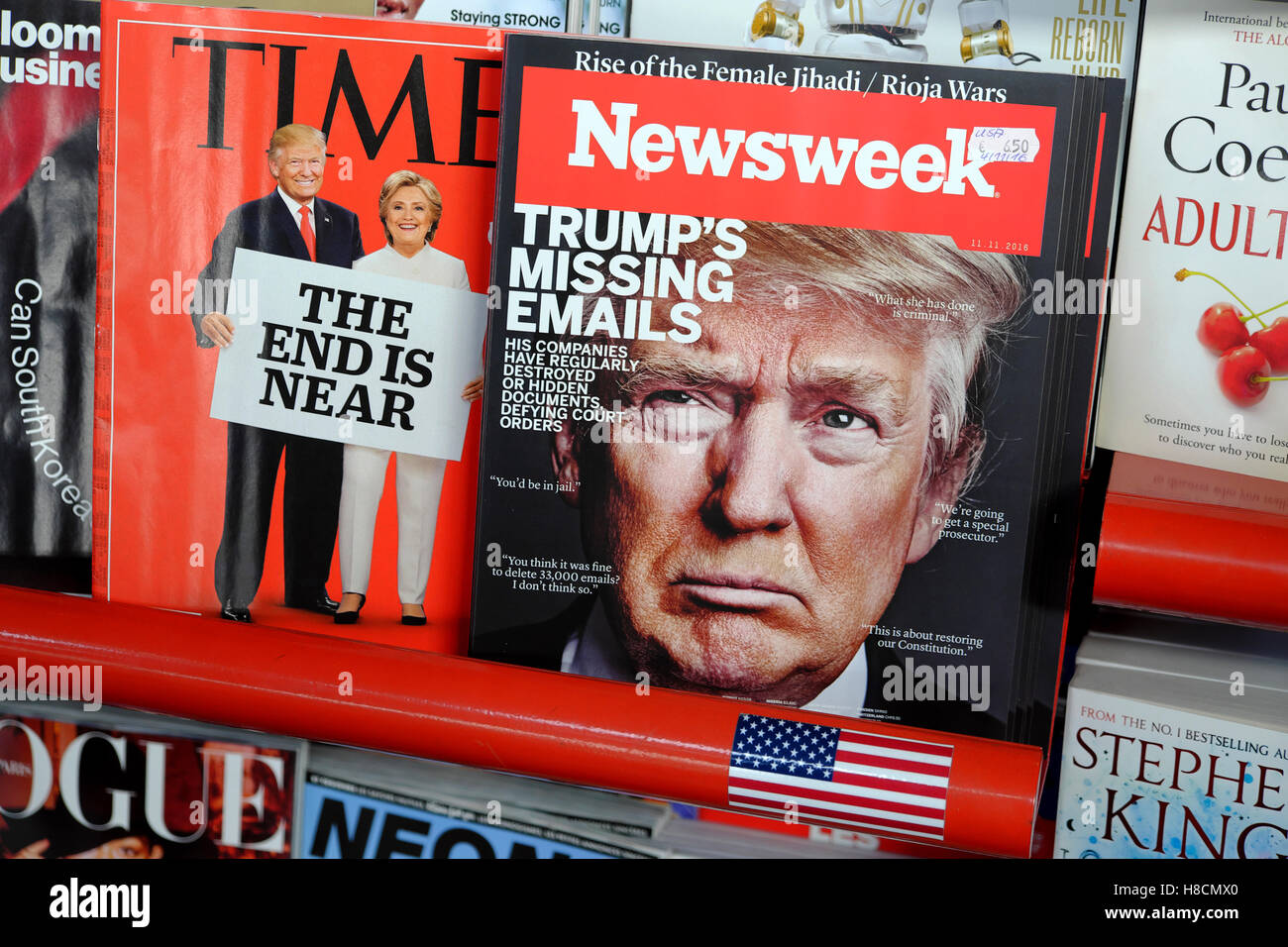 Time and Newsweek magazine front covers at newsagent Donald Trump  & Hillary Clinton during American US election - Stock Image