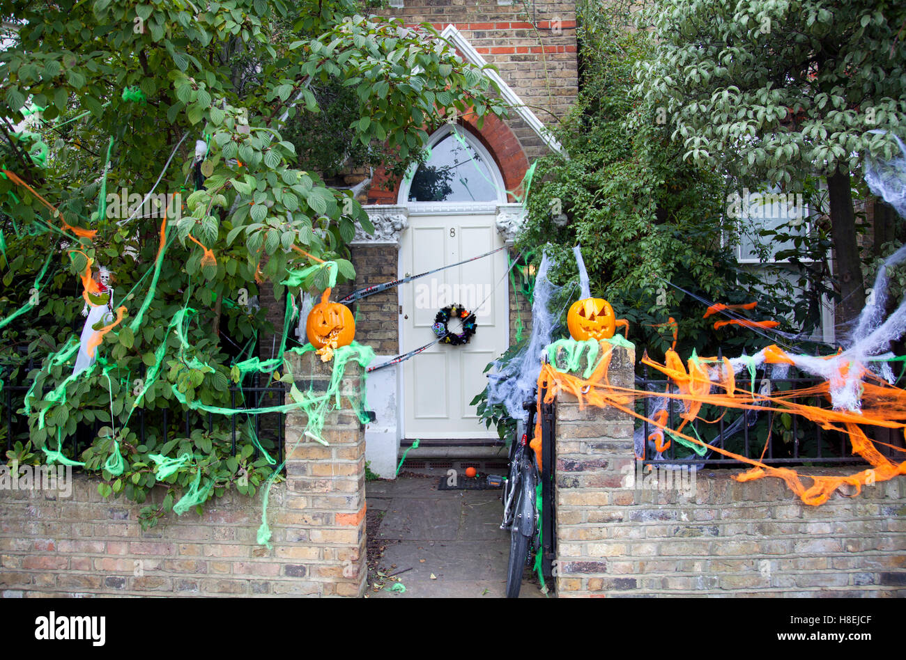House in Halloween Decor in Battersea/ Wandsworth - London UK Stock ...