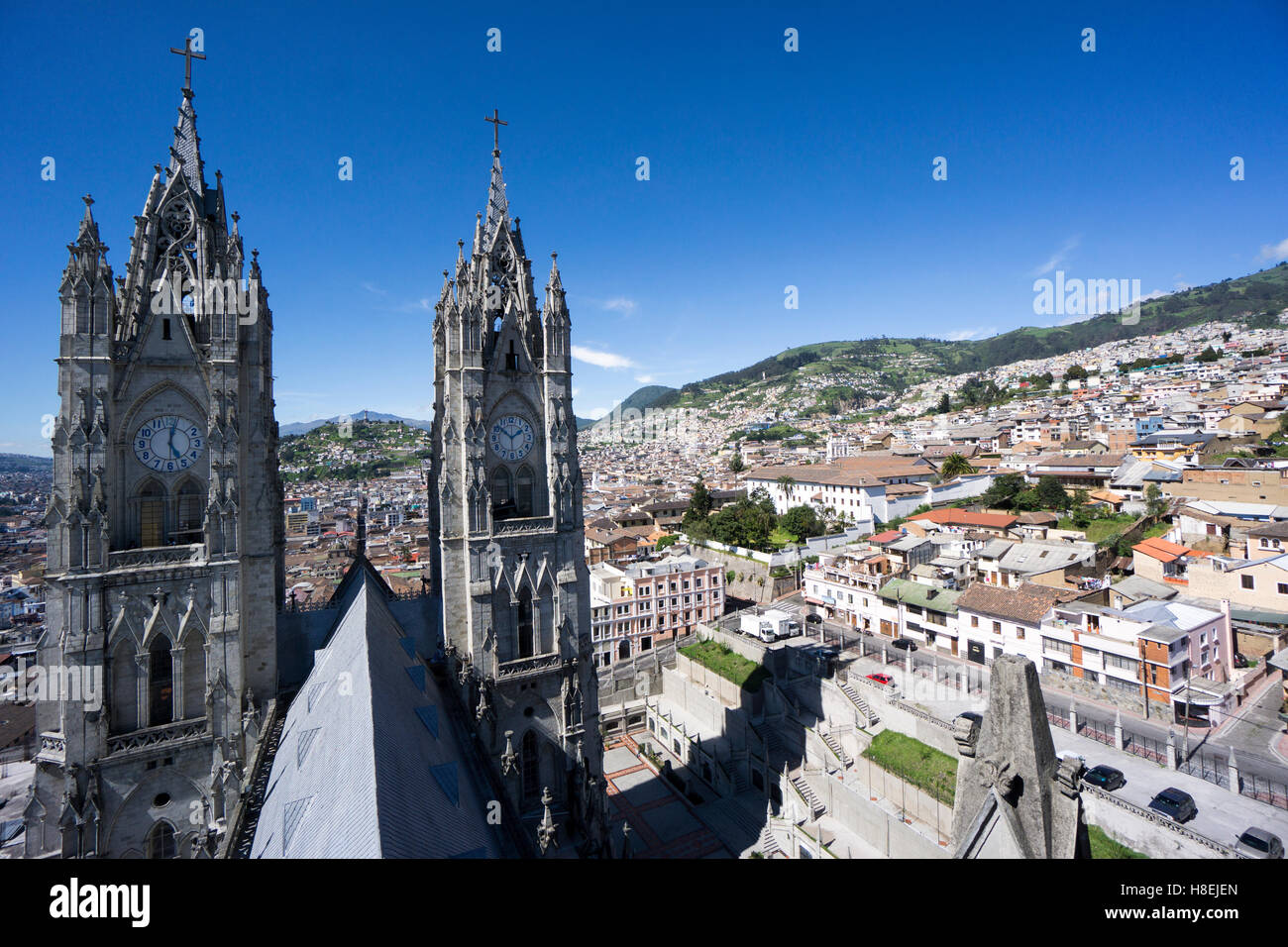 Basilica del Voto Nacional (Basilica of the National Vow), and city view, Quito, Ecuador, South America - Stock Image