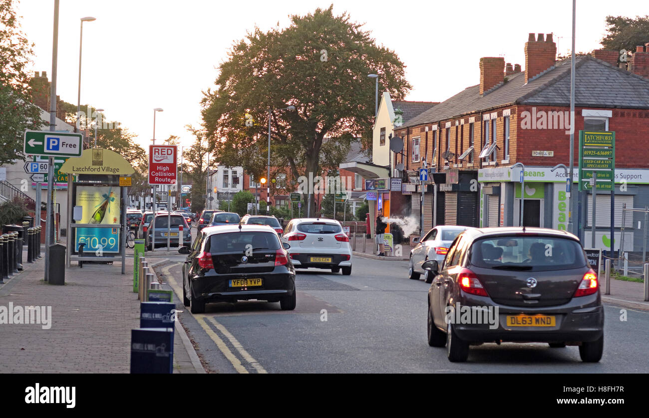 Knutsford Road, Latchford Village, South Warrington, Cheshire, England, UK - Stock Image