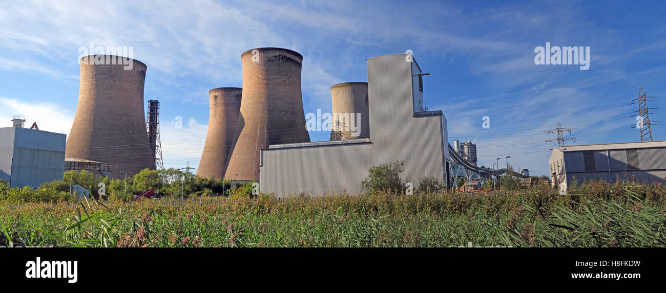 Fiddlers Ferry Power station towers,Warrington,Cheshire,England,UK - Stock Image