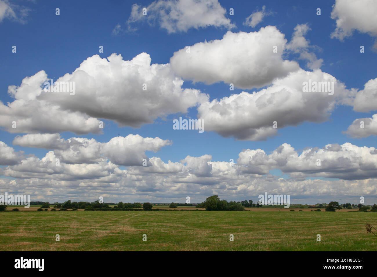 Lincolnshire Big Sky, big, travel, landmark, blue, tourism, view, beautiful, sunset, day, famous, art, white, image, Stock Photo