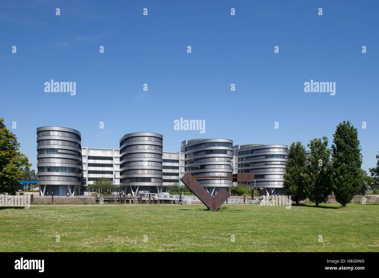 Garten der Erinnerung by Dani Karavan and office building '5 Boats', inner harbour, Duisburg, Ruhr area, - Stock Image