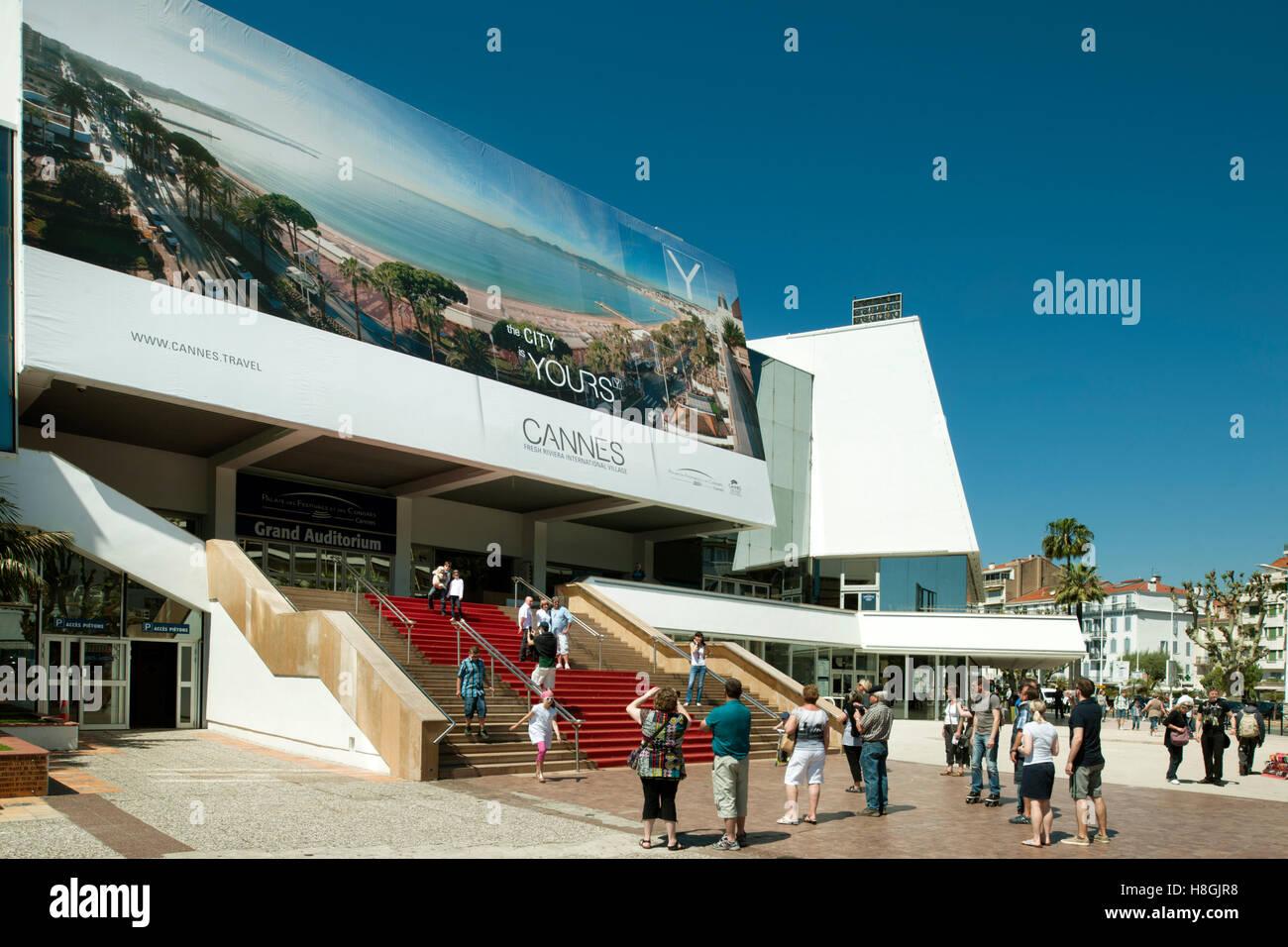 Frankreich, Cote d Azur, Cannes, die Internationalen Filmfestspiele finden im  Palais des Festivals statt. - Stock Image