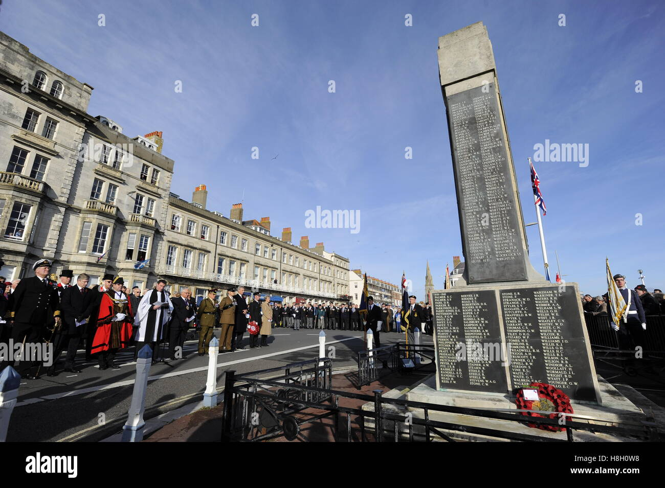 Weymouth, Dorset, UK. 13th November 2016. Remembrance Sunday service and parade at the Weymouth War Memorial on - Stock Image