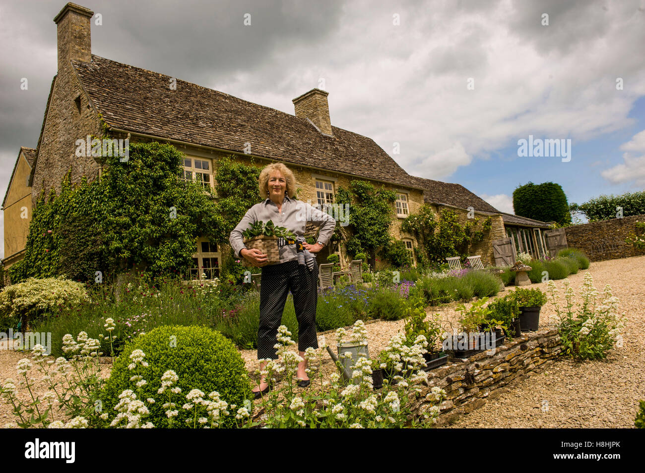 former TV presenter judith hann herb garden fyfield gloucestershire ...