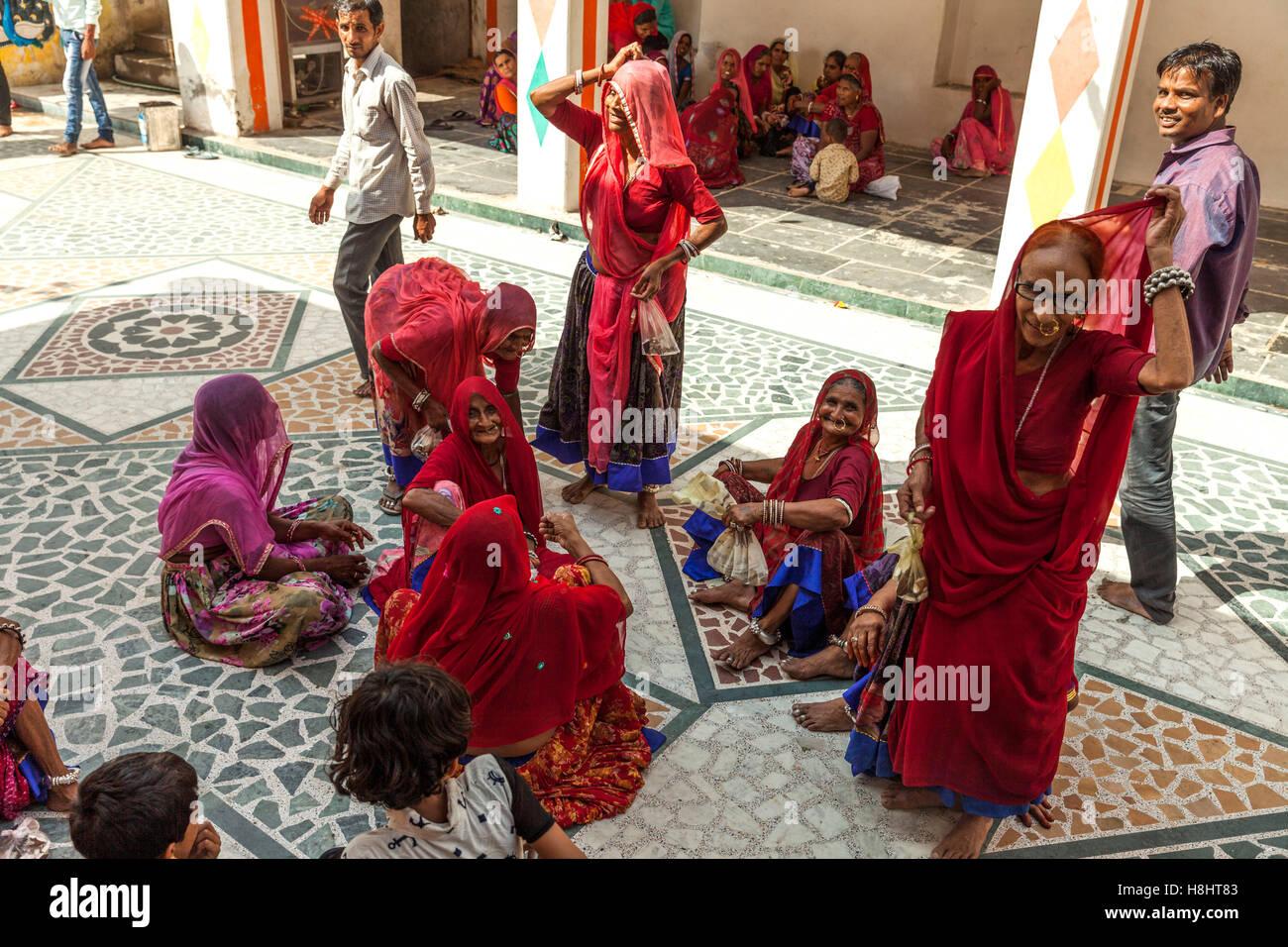 Rajasthani woman sitting - Stock Image