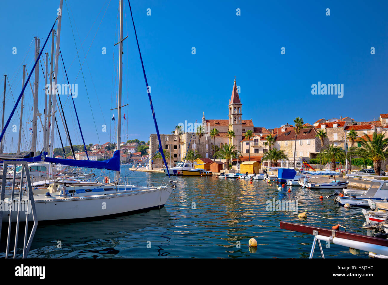 Town of Milna waterfront and marina view, Island of Brac, Dalmatia, Croatia - Stock Image