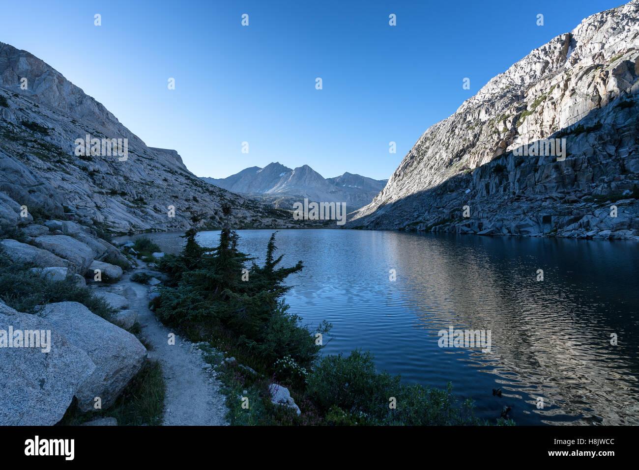 Morning at Evolution Lake, Kings Canyon National Park, Sierra Nevada mountains, California, United States of America - Stock Image