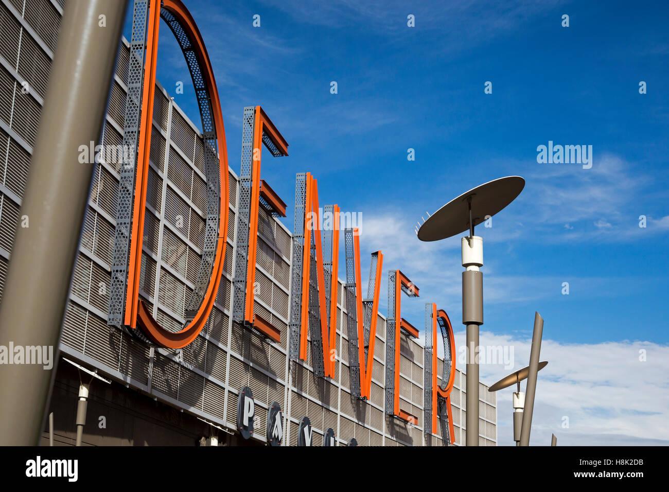 Denver, Colorado - A sign on the Denver Pavilions shopping mall. - Stock Image