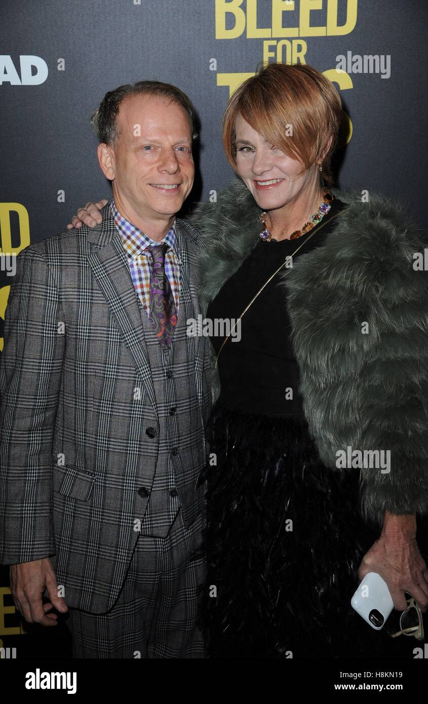 New York, NY, USA. 14th Nov, 2016. Bruce Cohen, Shawn Colvin at arrivals for BLEED FOR THIS Premiere, AMC Loews - Stock Image