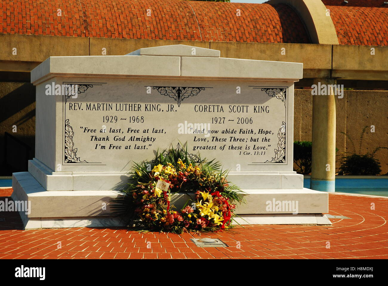 The graves of Martin Luther King and Coretta Scott King are prominent at the Martin Luther King Center for Non-violent - Stock Image