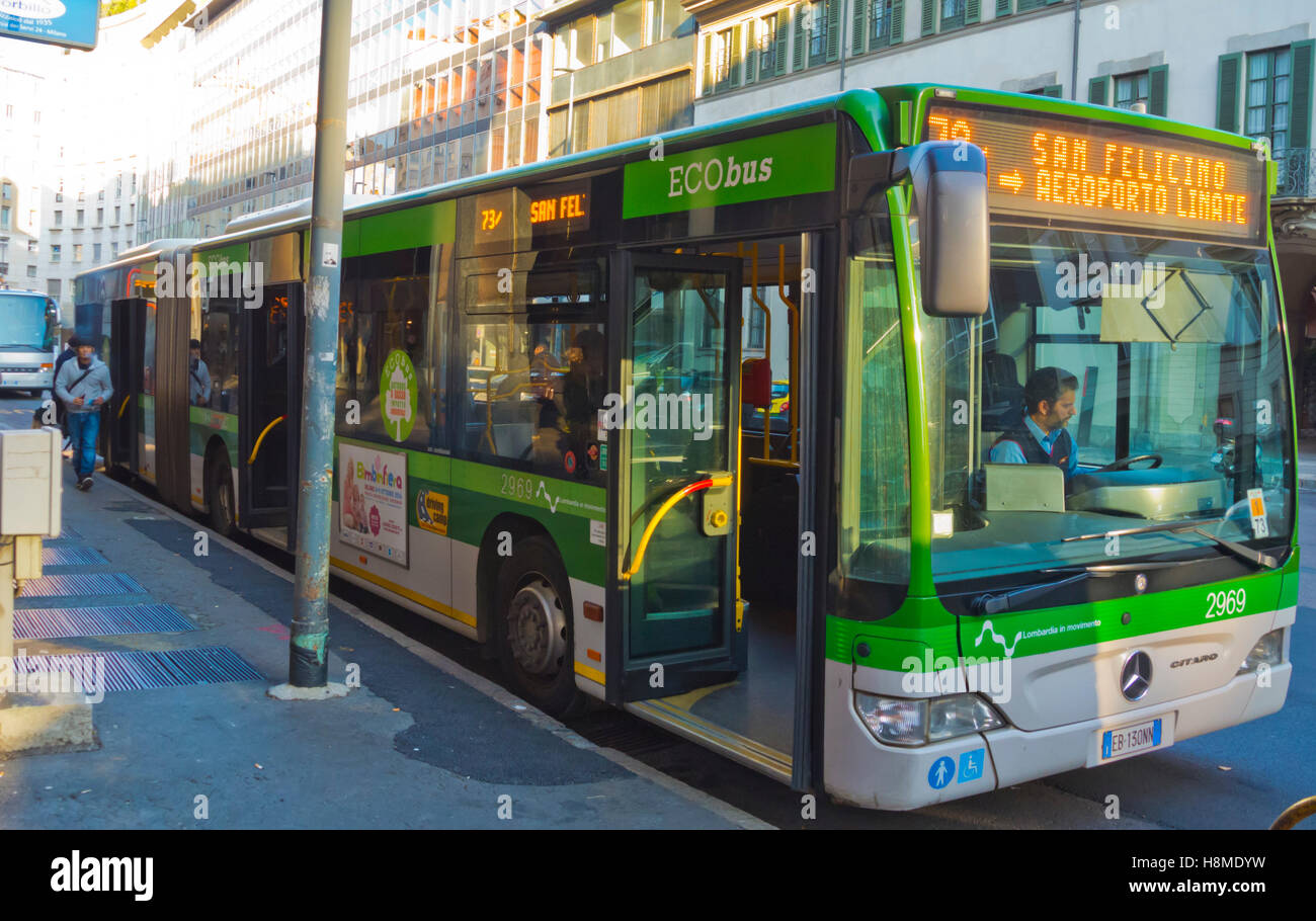 Bus 73, going to Linate airport, Corso Europa, Milan, Lombardy, Italy - Stock Image