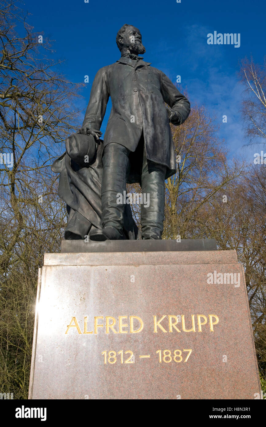 Germany,  Essen, statue of Alfred Krupp (1812-1887) in the park of Villa Huegel, mansion of the industrialist family Stock Photo