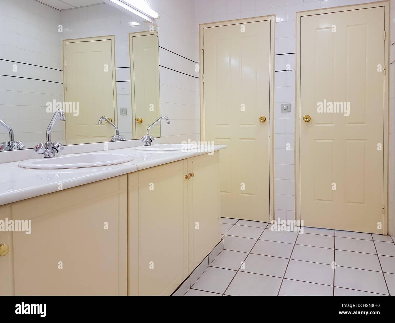 Public toilet design with beige colour Stock Photo: 125857564 - Alamy