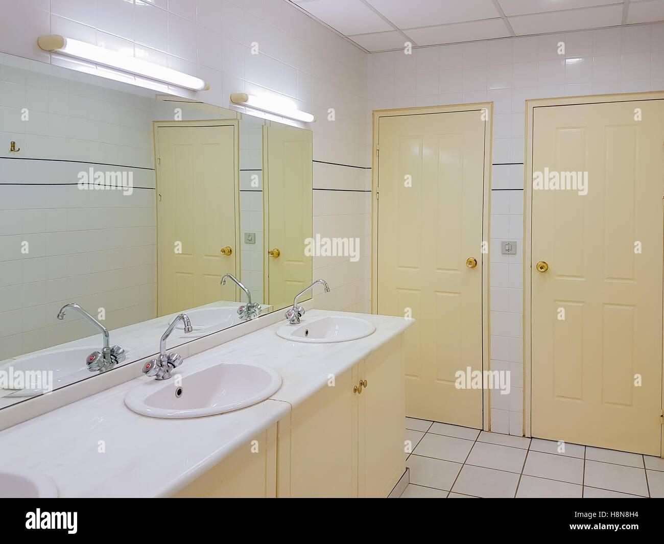 Interior design of a clean public toilet Stock Photo: 125857568 - Alamy