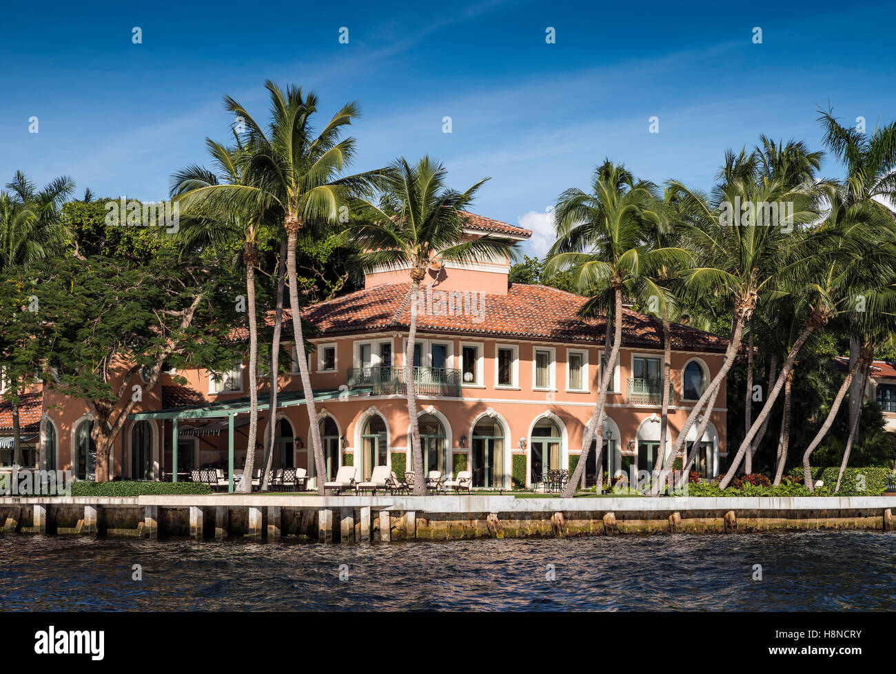 Fabulous waterside mansion in Fort Lauderdale Stock Photo