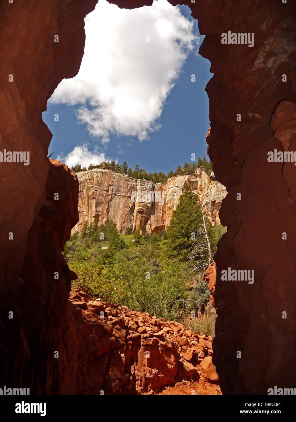 View from Supai Tunnel.  North Kaibab trail, Grand Canyon, Arizona - Stock Image