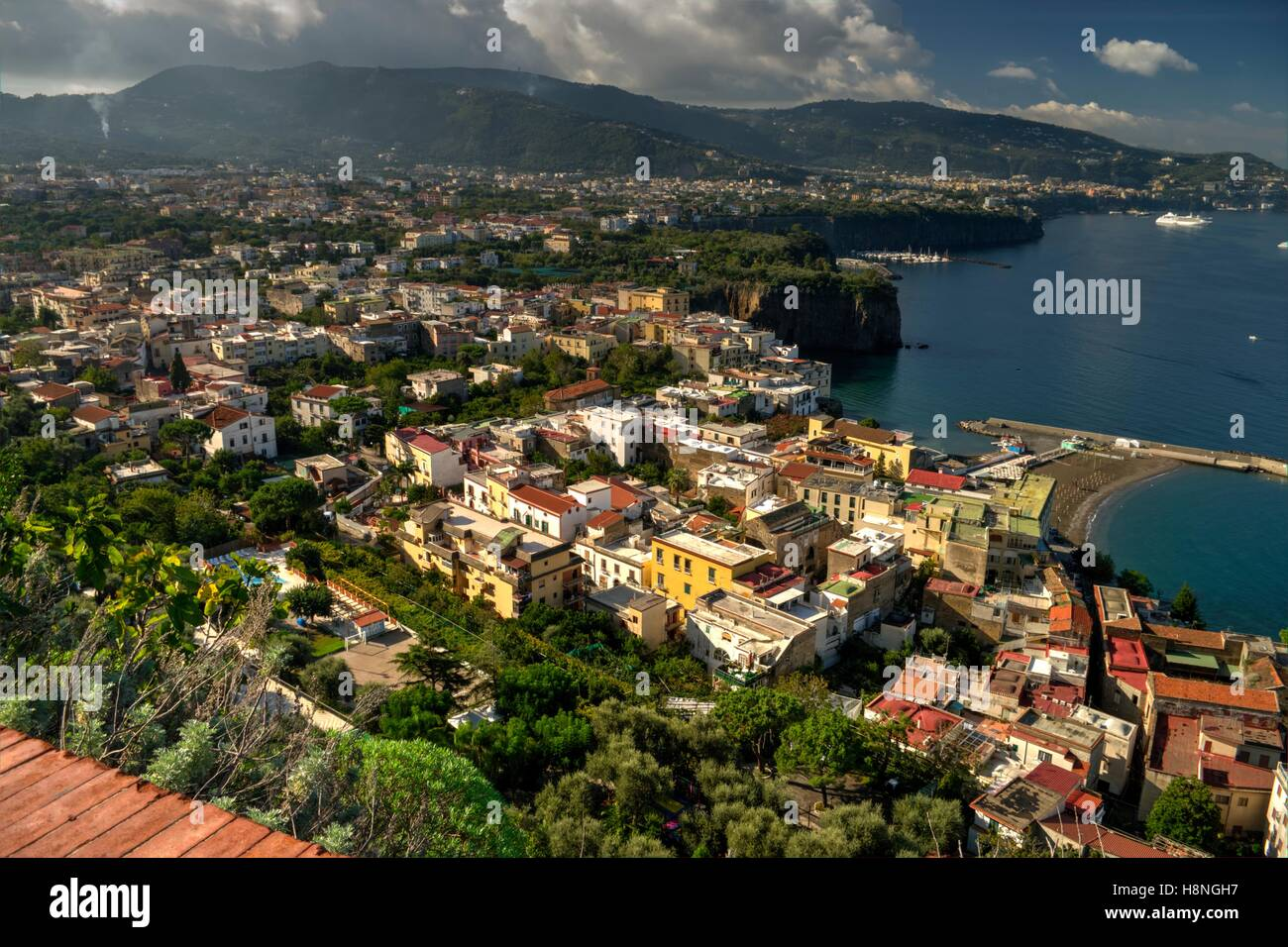 Sorrento Bay, Italy with Meta in foreground - Stock Image