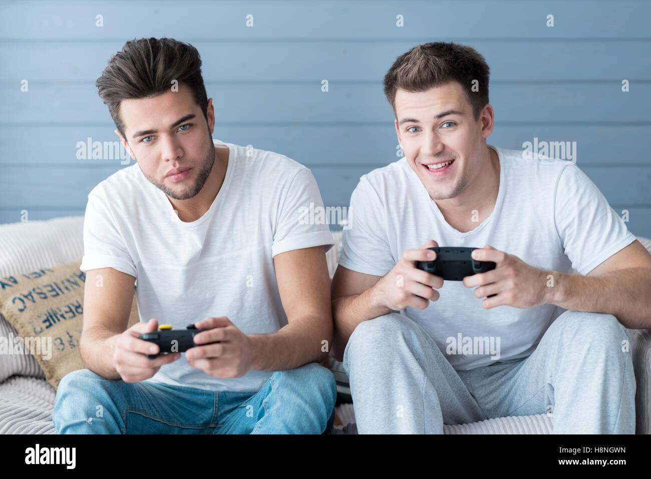 Gay Handsom
