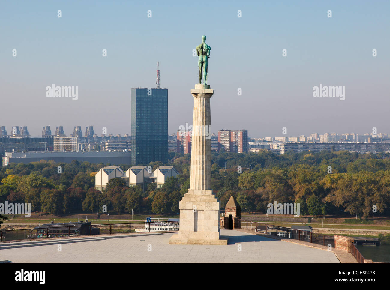 Pobednik Monument in Kalemegdan Park, the largest park and the most important historical monument in Belgrade. - Stock Image