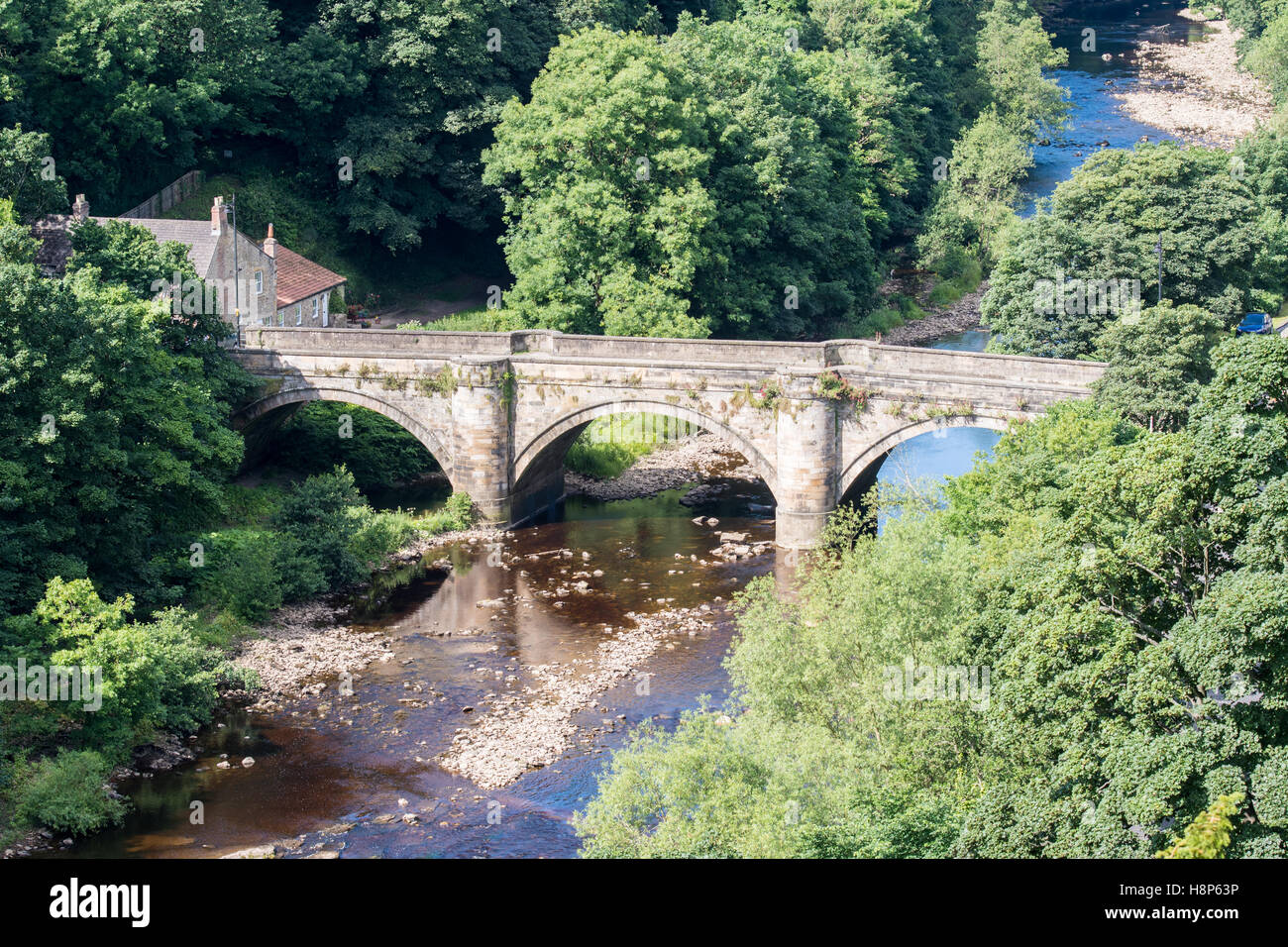 UK, England, Yorkshire, Richmond - An old stone bridge in the city of Richmond located in Northern Yorkshire. - Stock Image