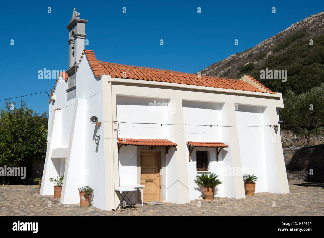 Griechenland, Kreta, Dories an der Strasse von Vrouchas nach Neapolis, Kirche Agias Konstantinos. - Stock Image