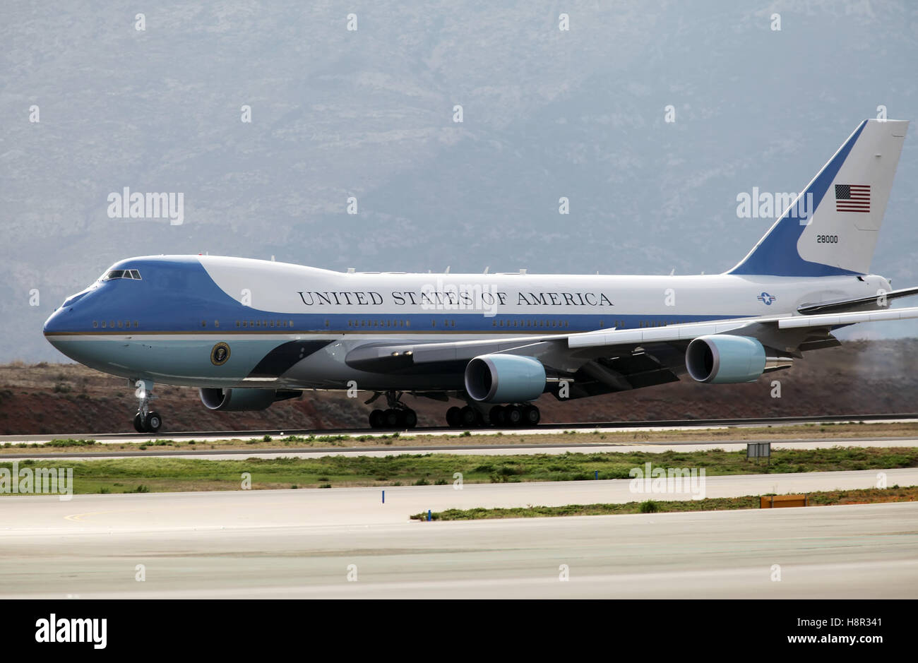 Athens, Greece,15th November 2016. The Air Force One lands at the Athens International Airport Eleftherios Venizelos. - Stock Image