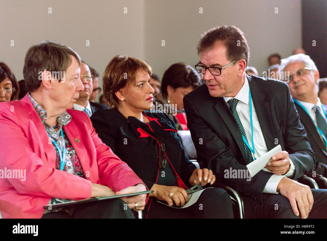 Marrakech, Morocco. 15th Nov, 2016. The German Federal Minister of the Environment Barbara Hendricks, the German Stock Photo