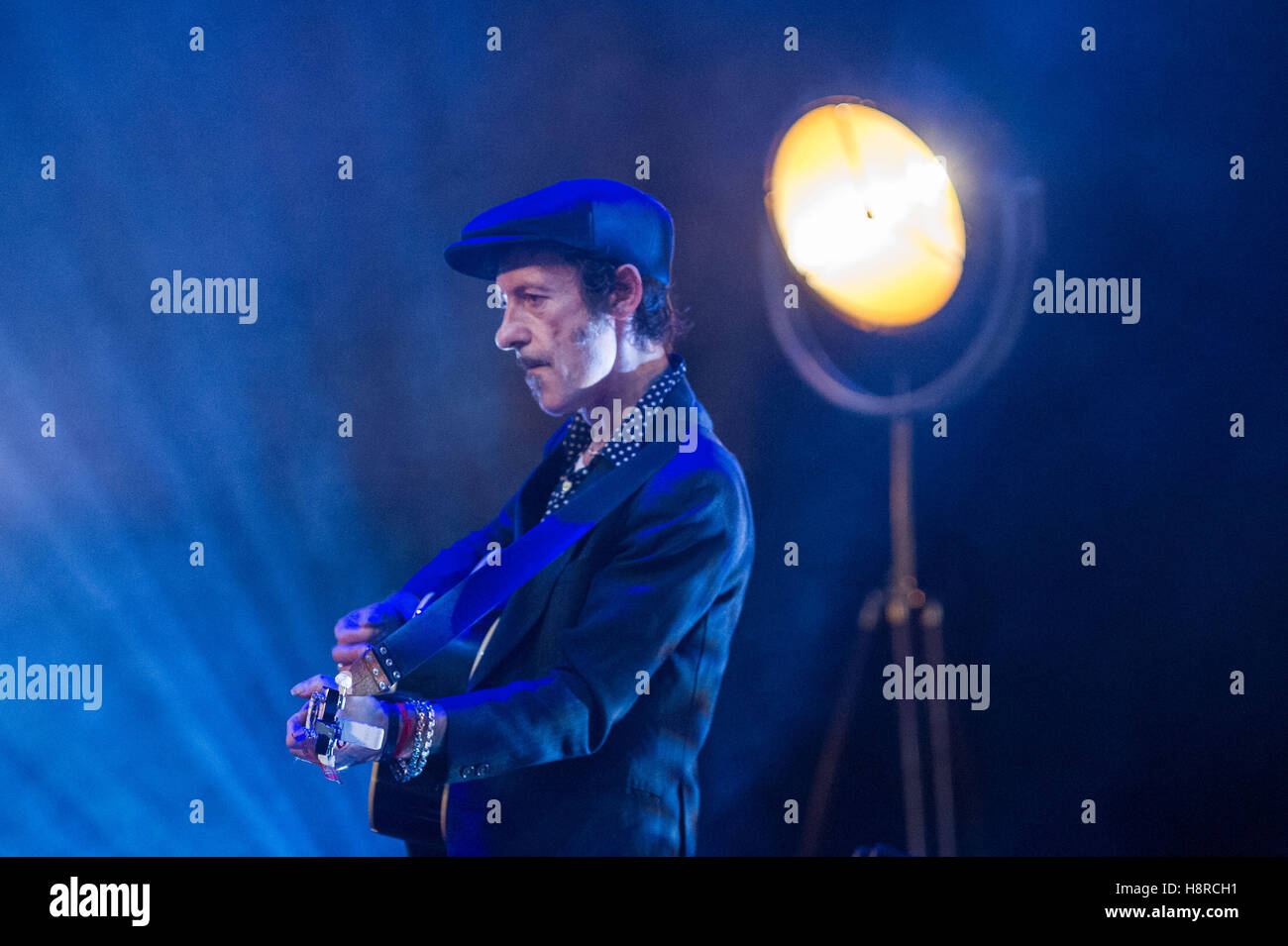 Edinburgh, UK. 16th Nov, 2016.  The Forth Awards take place at the Usher Hall. PIctured Simple Minds. Credit:  Steven - Stock Image