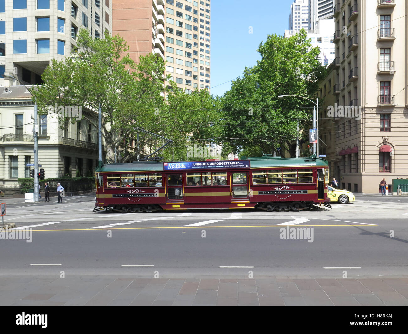 Central Circle tram in Melbourne, passing through the Central Business District Stock Photo