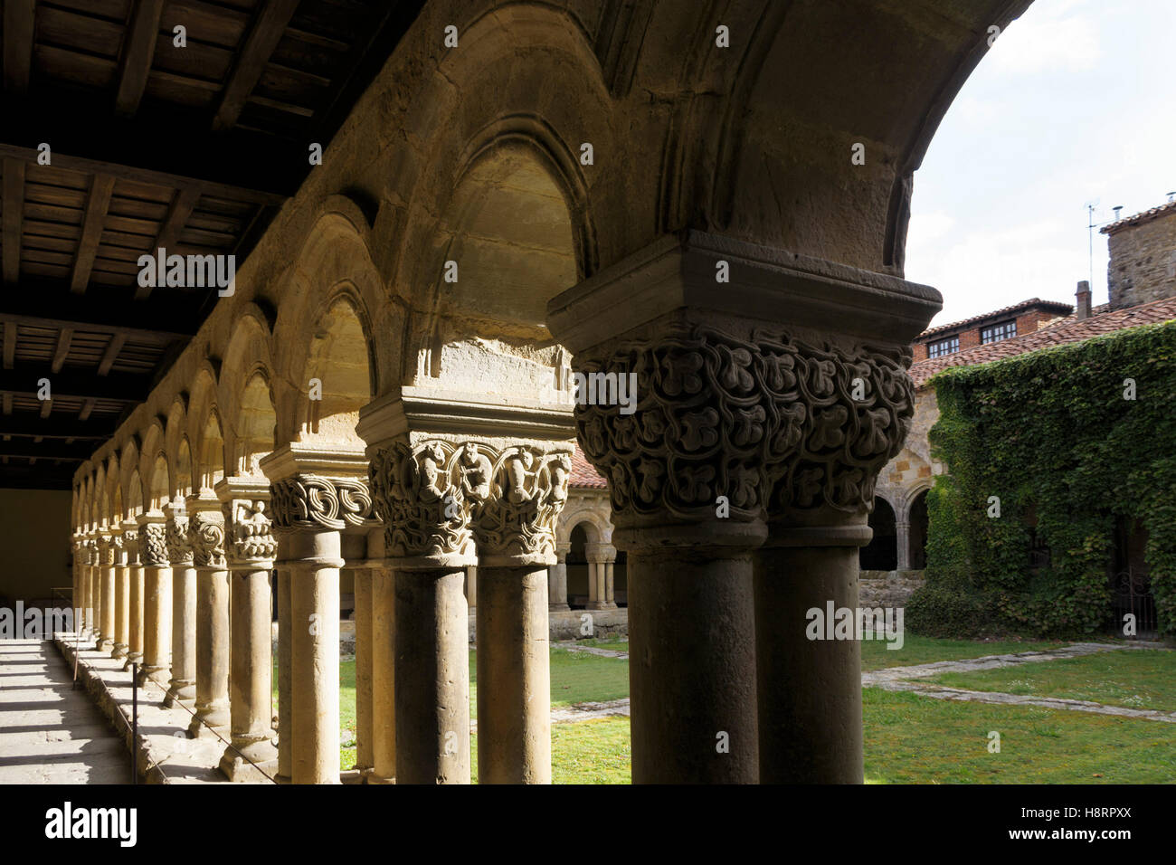 Church of the Colegiata de Santa Juliana in Santillana del Mar, Spain, Cantabria, Europe - Stock Image