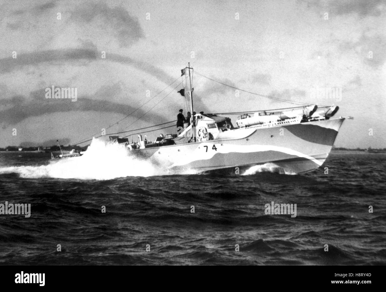 AJAX NEWS & FEATURE SERVICE. 1942. SOLENT, ENGLAND. - OPERATION CHARIOT MTB - THE VOSPER SERIES TWO MOTOR TORPEDO - Stock Image