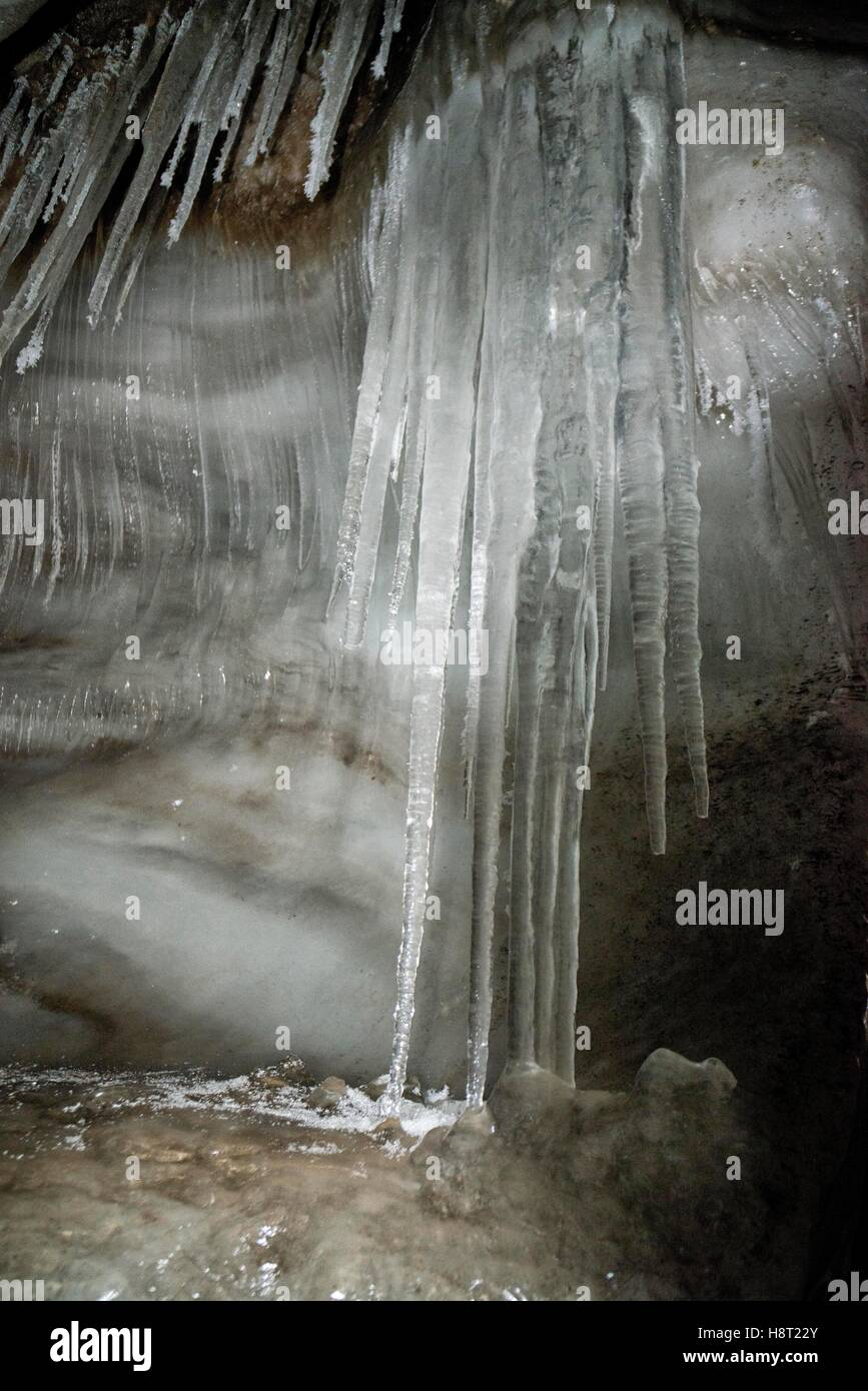 Close up of well formed icicles in an ice cave of Larsbreen, Svalbard, Spitsbergen, Norway Nahaufnahme Eiszapfen Stock Photo