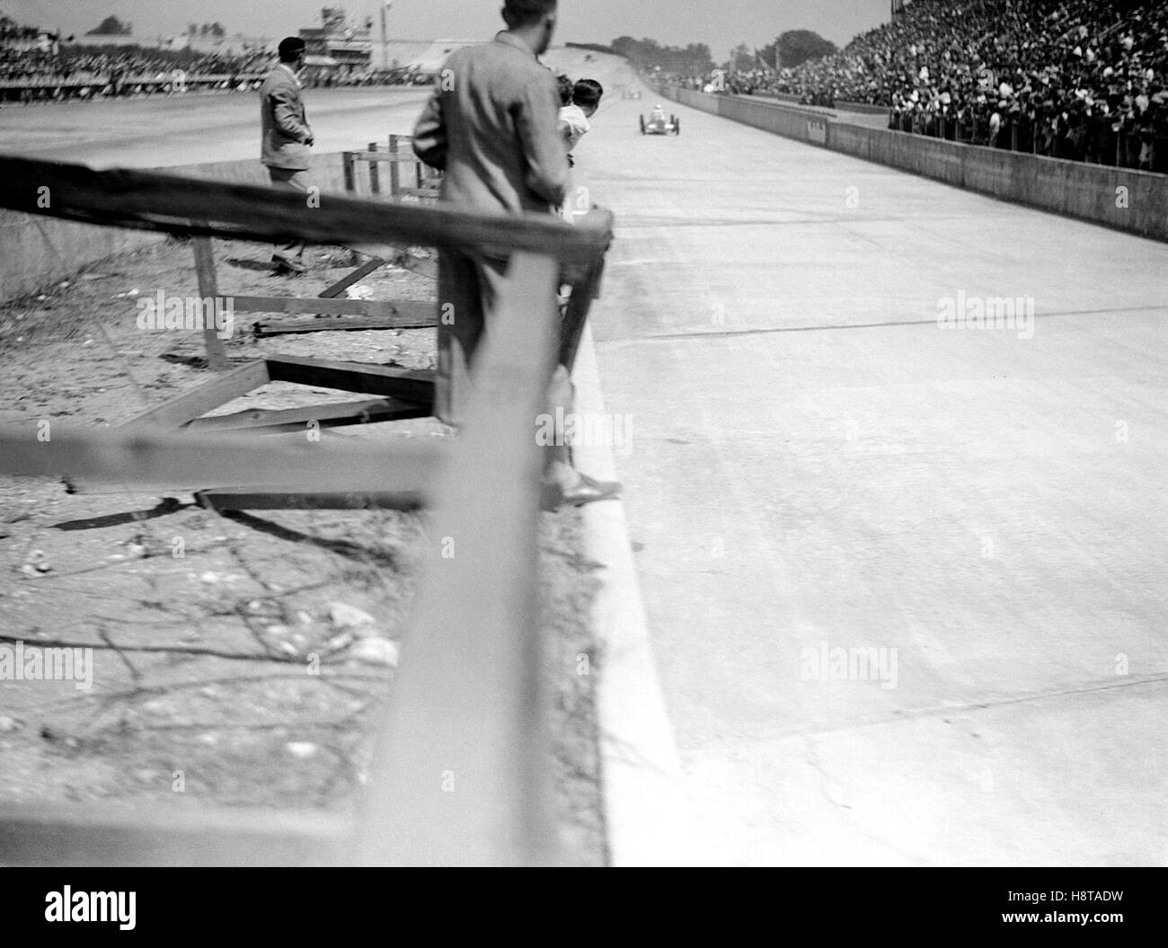 PRE WAR FRENCH GP MERCEDES LEADS - Stock Image