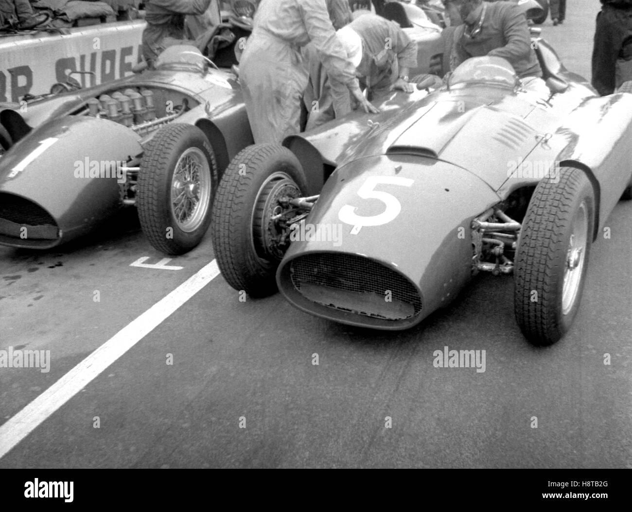 1956 ITALIAN GP LANCIA FERRARIS PITS - Stock Image