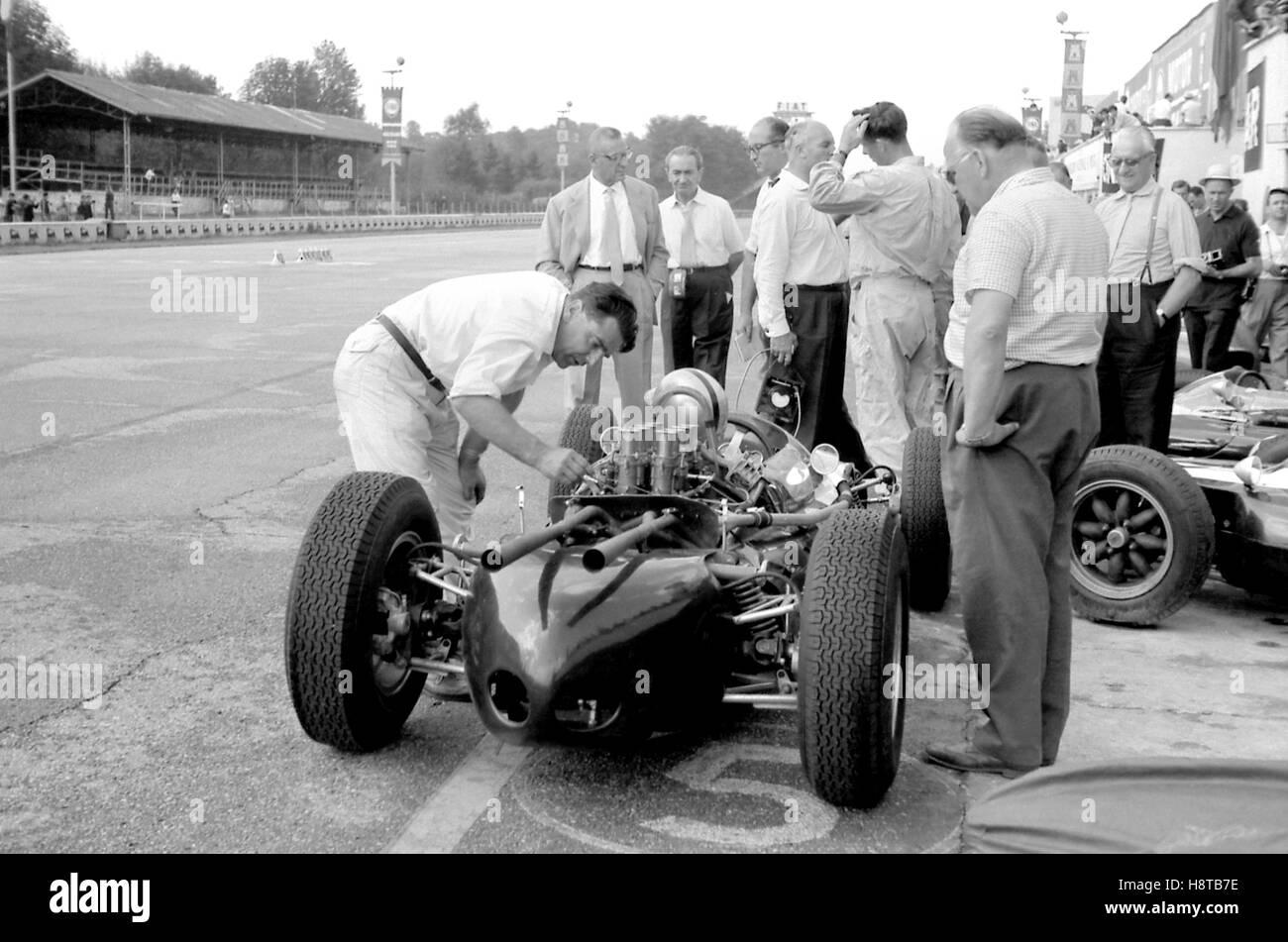 1961 Italian Gp John Cooper Brabham Cooper V8 Reg Parnell Mr Ferrari Stock Photo Alamy