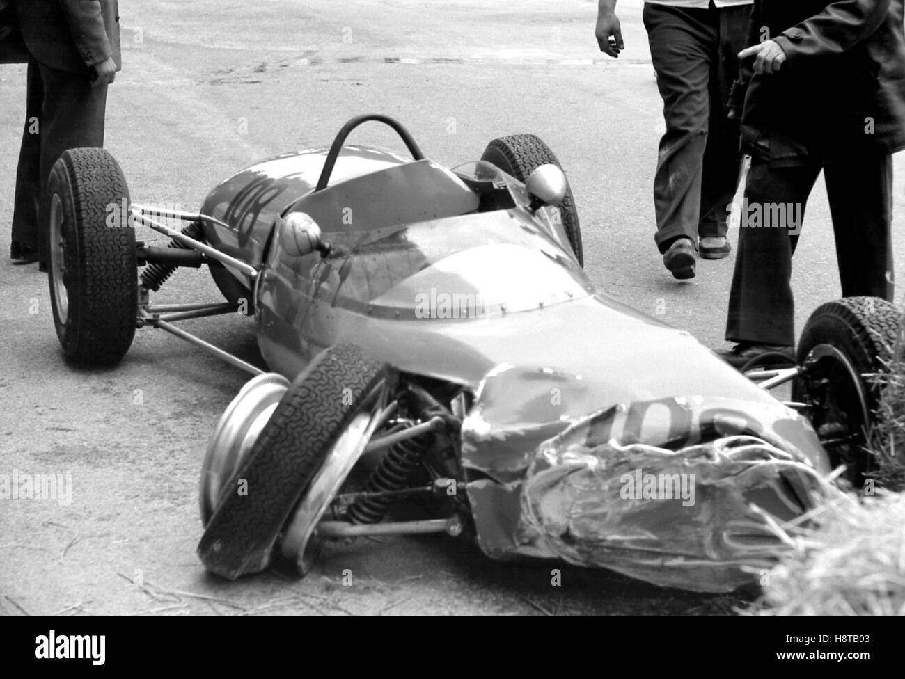 1962 MONACO GP FJ CRASHED LOTUS 22 - Stock Image